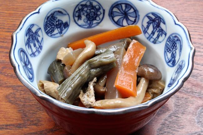何これ美味しい!!冬こそ食べたいおふくろの味・ 芋がら (ズイキ)の 食べ方