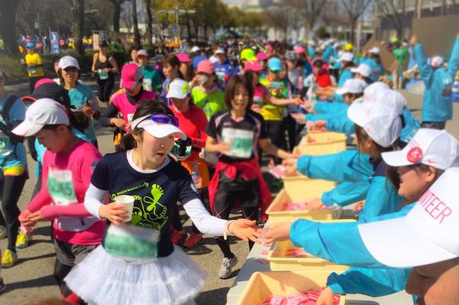 意外…?でも的確!名古屋の女子マラソンで「ういろう」を配るわけ