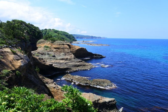 初夏の山陰海岸が気持ちいい。島根県「石見海浜公園」フォトレポート