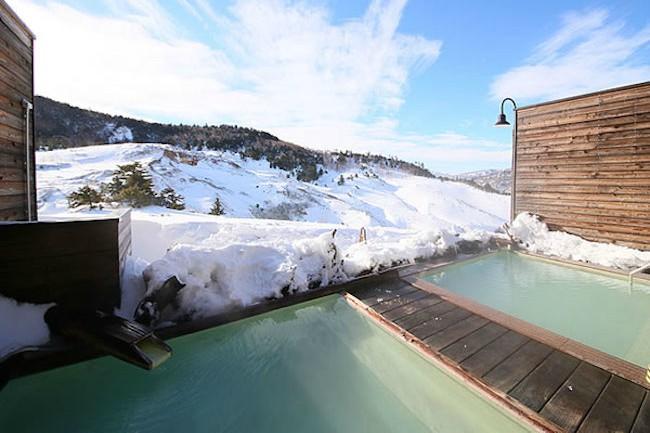 雪化粧を眺めながら温泉を。雪見露天風呂で人気の宿ランキング