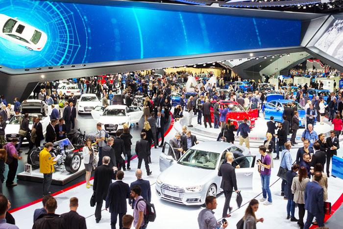 各国がガソリン車を販売禁止へ。次の30年で自動車業界はどう変わる?=栫井駿介