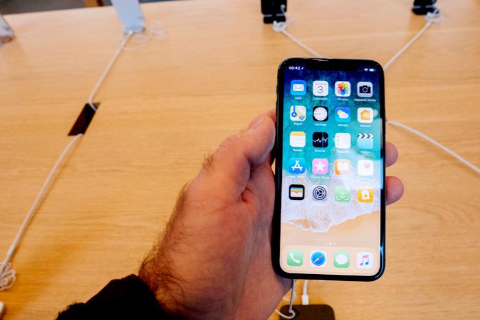 iPhone Xだけじゃない! アップルの驚異的な決算が示す6つのトレンド=シバタナオキ