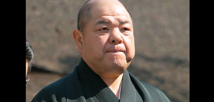 180204hakkakuoyakata_eye