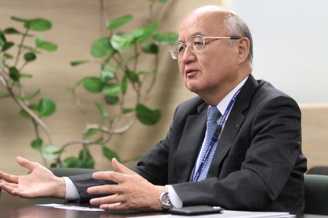 アドソル日進・上田富三代表取締役社長/1951年、和歌山県生まれ。竹菱電機(現:たけびし)に入社後、紀陽コンピュータシステムを起業。日本インフォメーション・エンジニアリング(現:ジェー・アイ・イー・シー)を経て、2004年にアドソル日進入社。同社常務取締役を経て2010年4月より現職