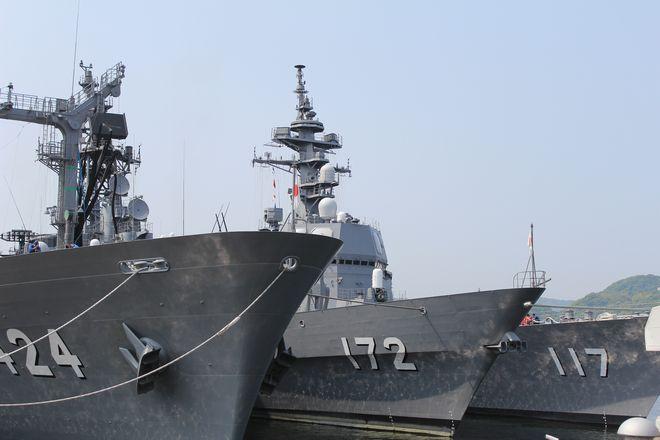 【リアル艦これ】佐世保・自衛隊基地に潜入、モニターの活動が白日の下に!