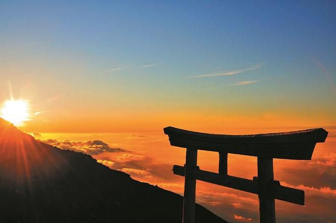 息をのむ美しさ。GWに富士山に行きたくなる絶景写真