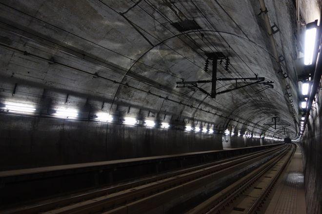 世界初の海底駅が閉鎖。海面下149.5mの海底鉄道フォトレポート