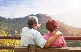 100人に1人が孤独死。高齢者の「ぼっち」にどう備えるか?