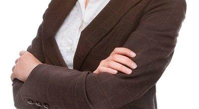 159338-woman_businesssuit-640x402