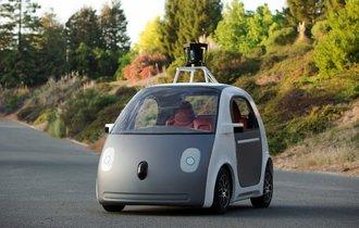 世界のグーグルも苦戦?自動運転で272回もエラーが起きていた