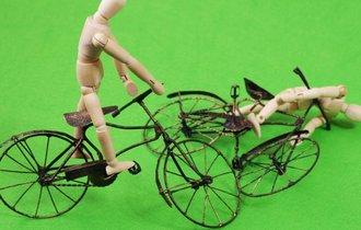 自転車の「危険行為」罰則強化、改正法施行から半年後の課題とは