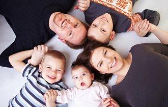 女性は子供をたくさん産んだほうが長生きするーカナダの研究チーム