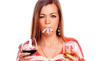 ストレス解消効果はゼロ!? タバコ、酒、ギャンブル…依存症の恐怖