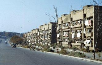 【ここが70年前の表参道】終戦直後の東京が鮮やかに。カメラがとらえたフルカラー写真18枚