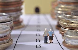「失業手当」を受給中の年金はどうなるのか?年金のプロがズバリ解説