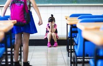 仲間外れや無視…。子どもを自殺に追い込む「軽微ないじめ」の危険性