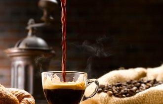 WHO認定「コーヒーはガンを誘発しない」けど、熱すぎるのは要注意
