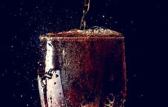 「コーラで歯が溶ける」は都市伝説。なぜ炭酸飲料は目の敵にされる?