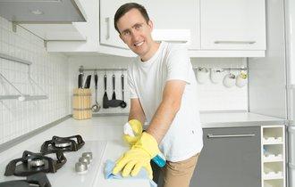 頑固な汚れは男が落とす。大掃除は百均で買える魔法の粉で楽勝