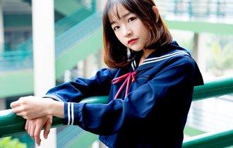 日本で最初にセーラー服を採用した女子校はどの都道府県にある?