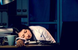 夜勤の睡眠不足は、夜勤をやめる以外に解消法がない過酷な現実