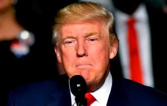 トランプ大統領、米国で人気の高いNFLを敵に回して崖っぷちか