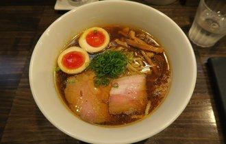 【横浜】ラーメン官僚が鶏の豊潤な旨味に溶けた【櫻井中華そば店】