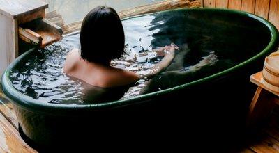 温泉 入浴 美女