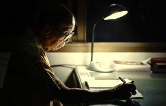 100歳まで生きる時代に、老後も自宅で暮らすために必要な10のこと