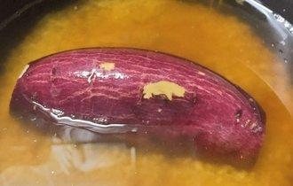 芋を1本丸ごと炊飯器に入れる「さつまいもご飯」が美味しそう!