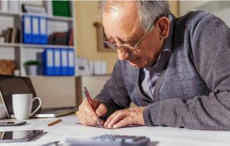 老後も働くなら年金をカット。65歳以上を悩ます「年金停止問題」