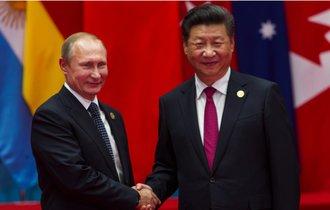 トランプ「中国とロシアは、米国の国益を損なう」宣言で再び窮地に