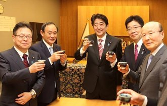 年間十数億円も。内閣官房機密費という裏ガネは誰に配られる?