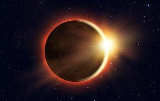 1月31日の主役は「月」。双眼鏡を用意して「皆既月食」を見よう