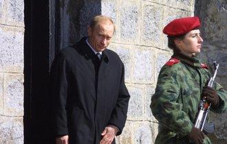 逆襲のプーチン。元スパイ襲撃で外交官追放…欧州は戦争状態へ