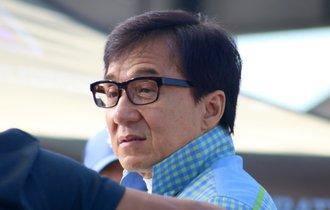 ジャッキー・チェンは「中国の犬」。裏切られた香港映画界で反感