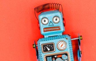 人前で話すのが苦手な人は、ロボット喋り覚悟で「丸暗記セヨ」
