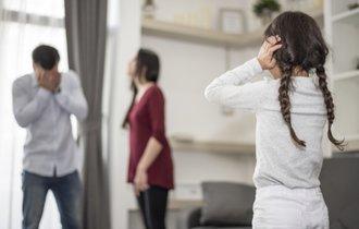 なぜ夫婦が互いにディスりあう家庭の子供は将来がキケンなのか